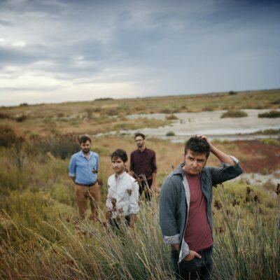 Le groupe Septembre photographié en juillet 2015 par Mathieu Zazzo