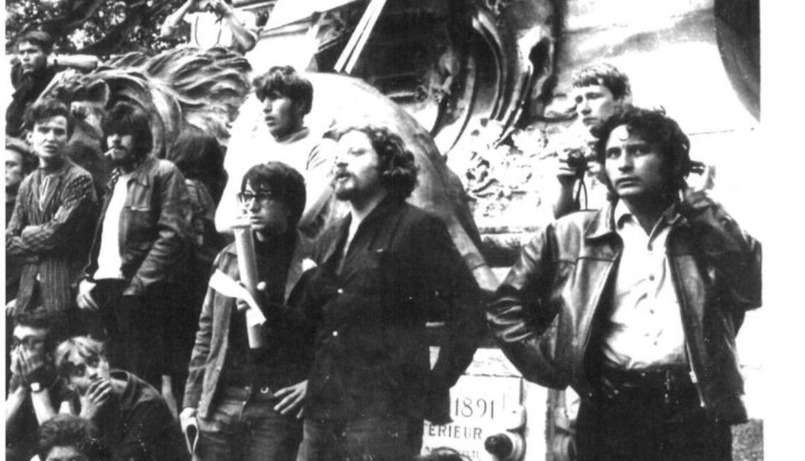 Gérard Gelas, jean jacques lebel, andré Benedetto 1968 sur la place de l'horloge - Copie